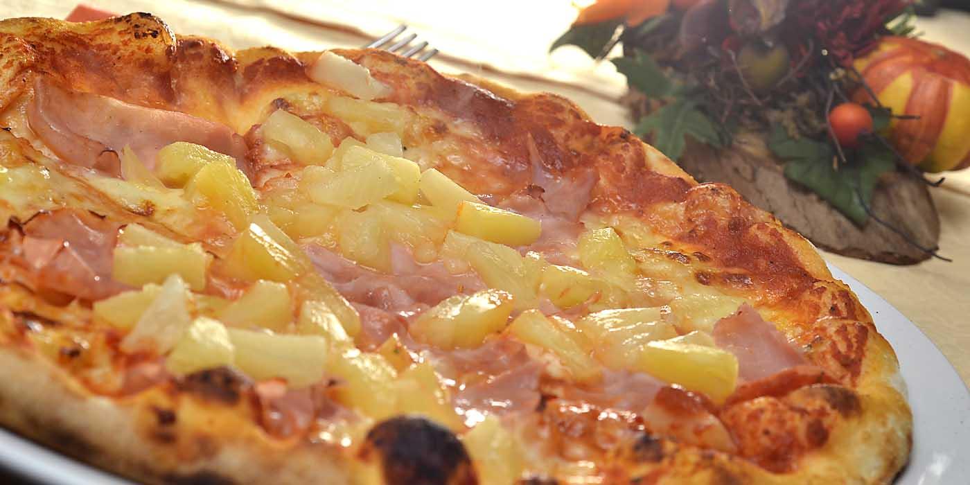 Leckere Steinofen-Pizza