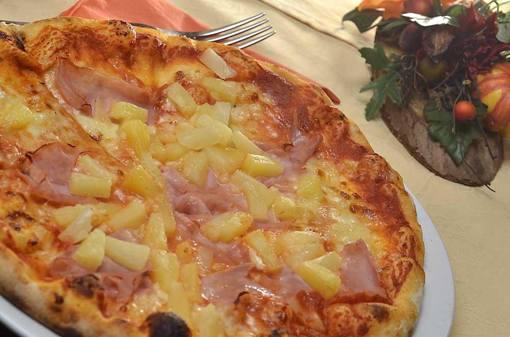 Echte Steinofen-Pizza